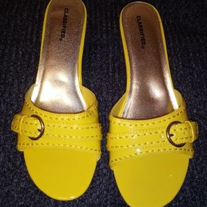 Yellow Classified Wedges Size 10 Excellent